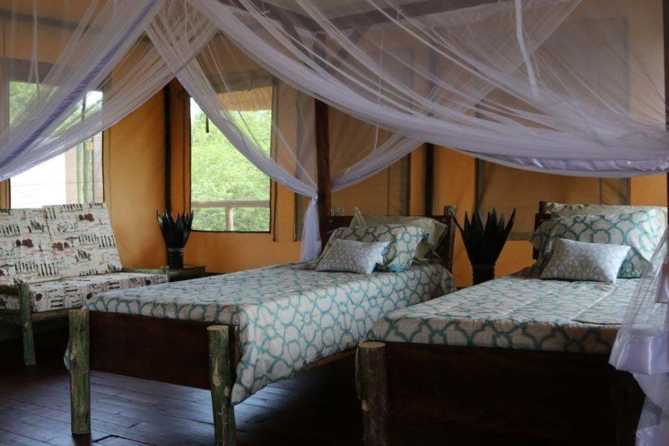 ungew hnlich schlafzimmer der queen fotos wohnzimmer dekoration ideen. Black Bedroom Furniture Sets. Home Design Ideas