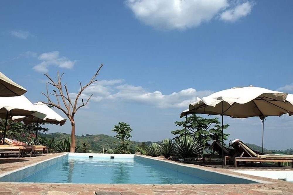 Pool, Papaya Lake Lodge, Kibale Forest Nationalpark, Uganda Reise