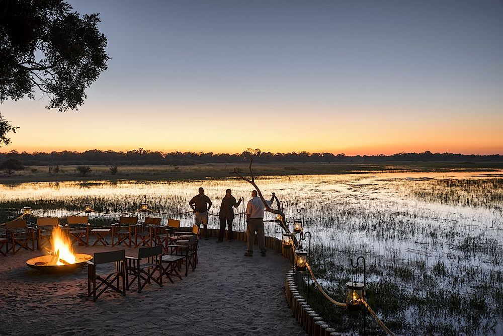 Lagerfeuer, Sanctuary Chief's Camp, Botswana Reise