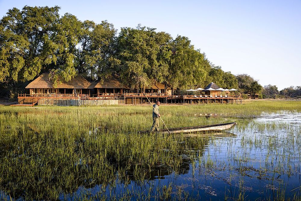Blick zum Sanctuary Chief's Camp, Rundreise Botswana