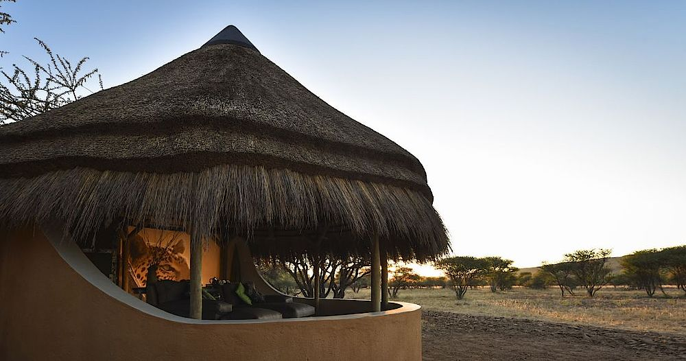 Chalet Okonjima Luxury Bush Camp, Namibia Rundreise