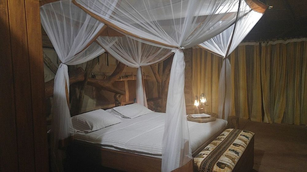 Privatreise Uganda, Schlafzimmer, Lake Albert Lodge, Murchison Falls, Uganda