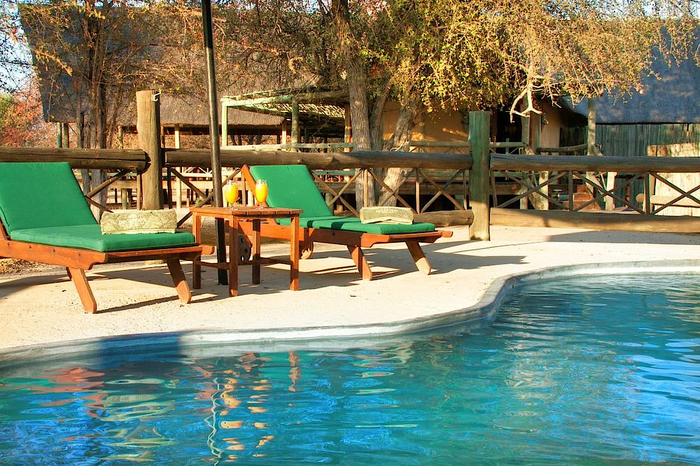 Pool Deception Valley Lodge, Botswana Safari Reise