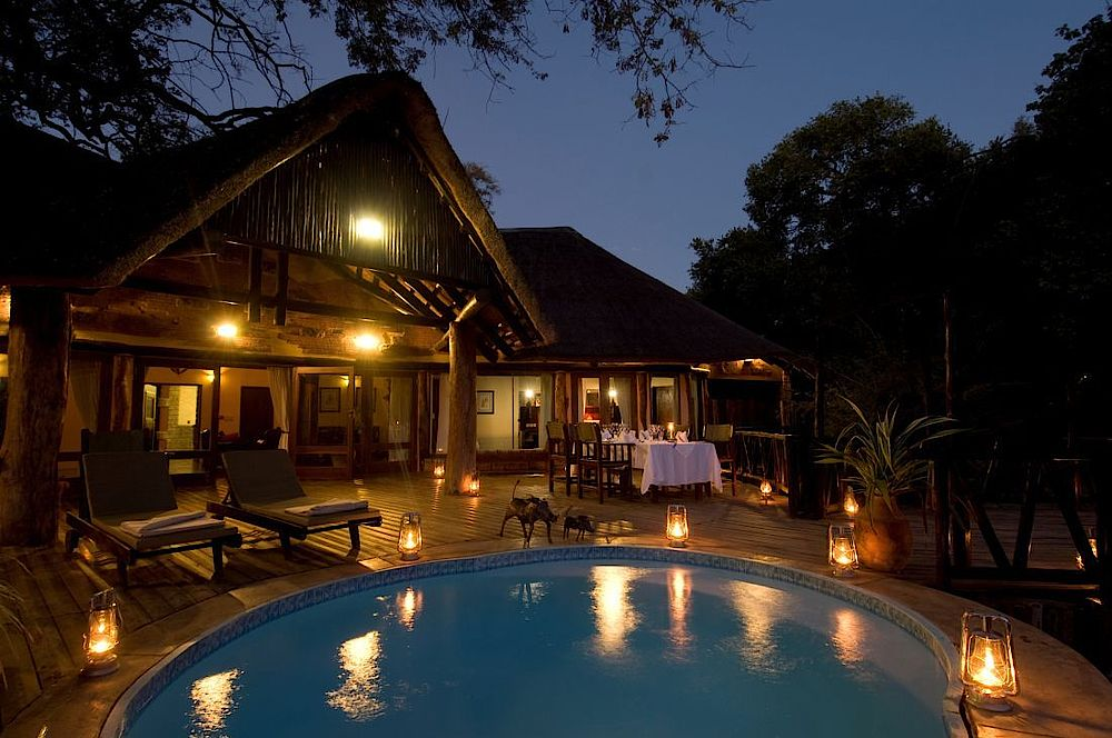 Pool Sanctuary Sussi and Chuma, Sambia Rundreise, Safari Sambia