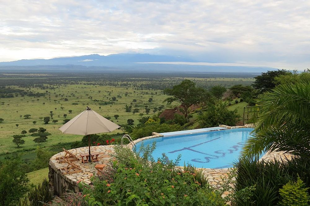 Rundreise Uganda, Pool, Katara Lodge, Queen Elizabeth National Park, Uganda