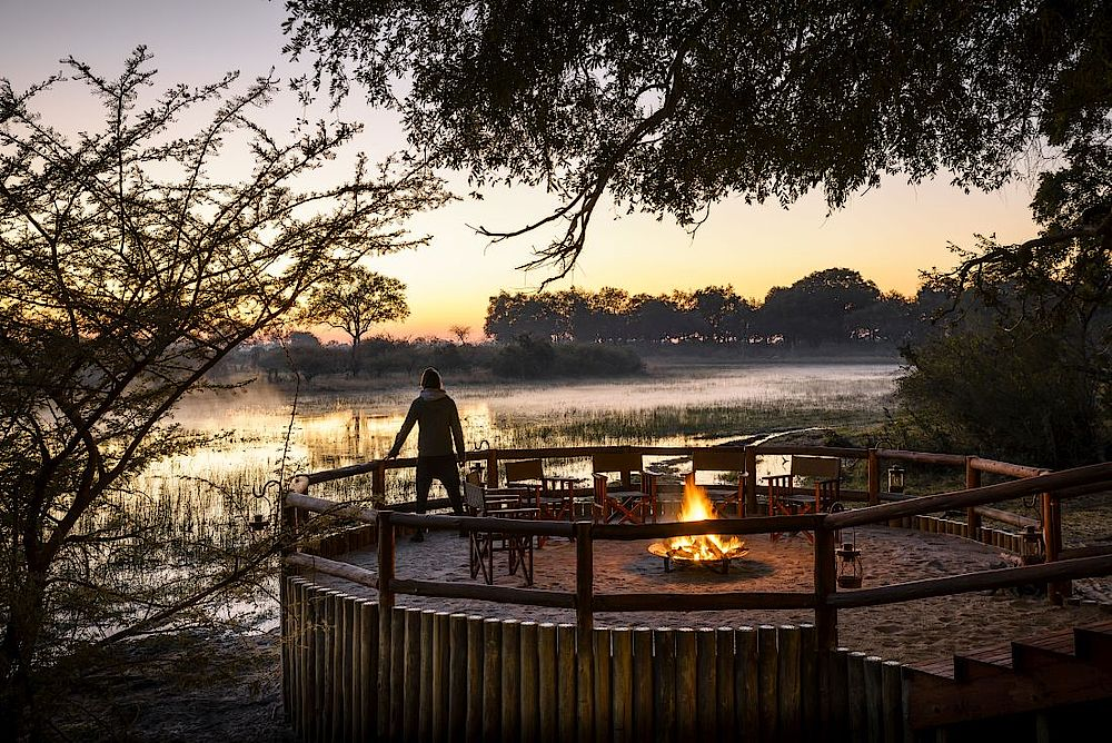 Aussichtsterrasse Sanctuary Chief's Camp, Reise Botswana