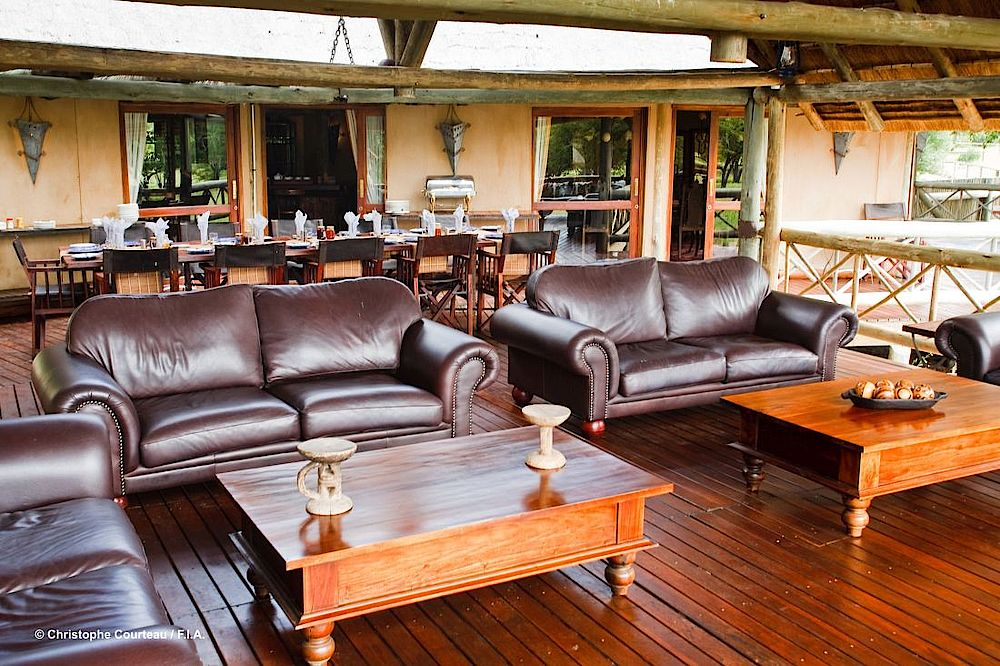 Lounge Deception Valley Lodge, Botswana Rundreise